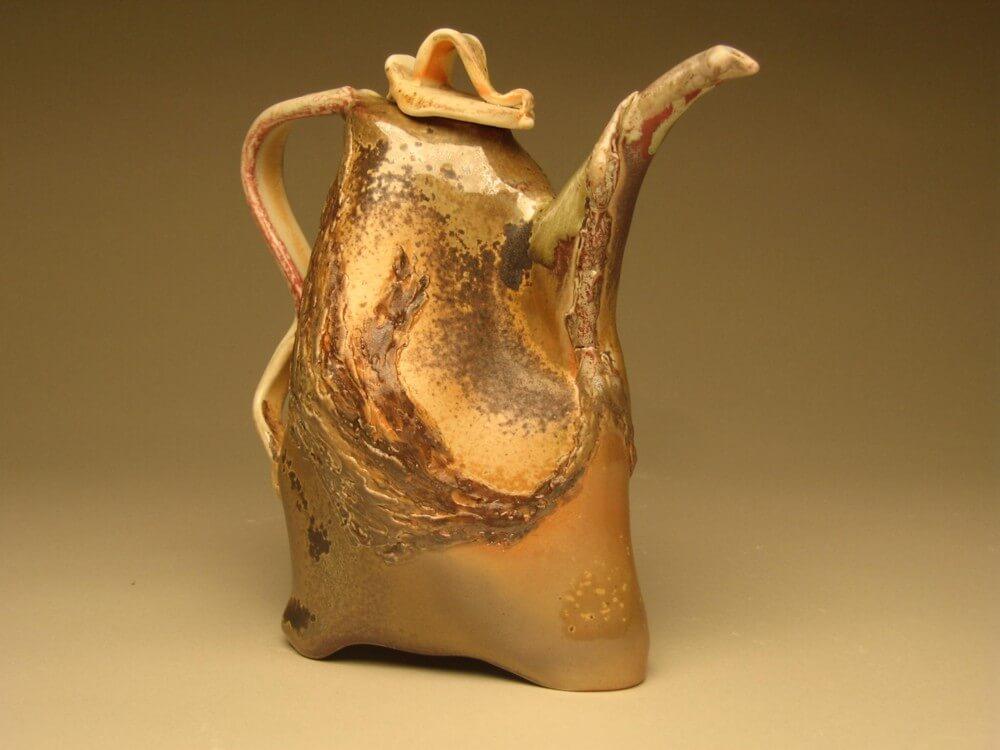 Teapot Swan by Jeff Chiu