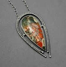 carole axium jewelry pendant